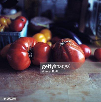 Heirloom tomatoes : Stock Photo