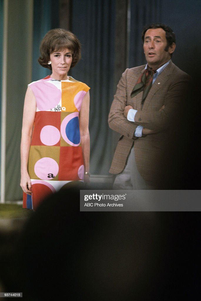 SHOW - (1969) <a gi-track='captionPersonalityLinkClicked' href=/galleries/search?phrase=Helen+Gurley+Brown&family=editorial&specificpeople=215179 ng-click='$event.stopPropagation()'>Helen Gurley Brown</a>, Joey Bishop