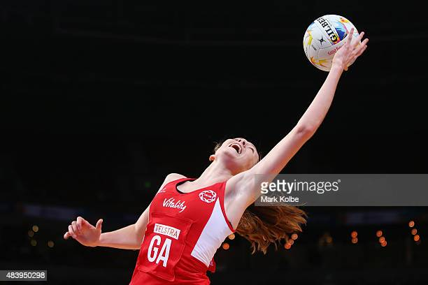 Helen Housby of England stretches to catch the ball during the 2015 Netball World Cup match between England and South Africa at Allphones Arena on...