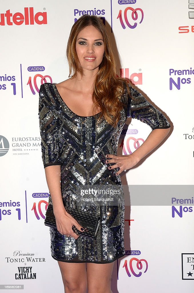 Helen Lindes poses during a photocall for the 'Cadena 100 Number 1 Awards 2013' at the Hotel Eurostar on May 27, 2013 in Barcelona, Spain.