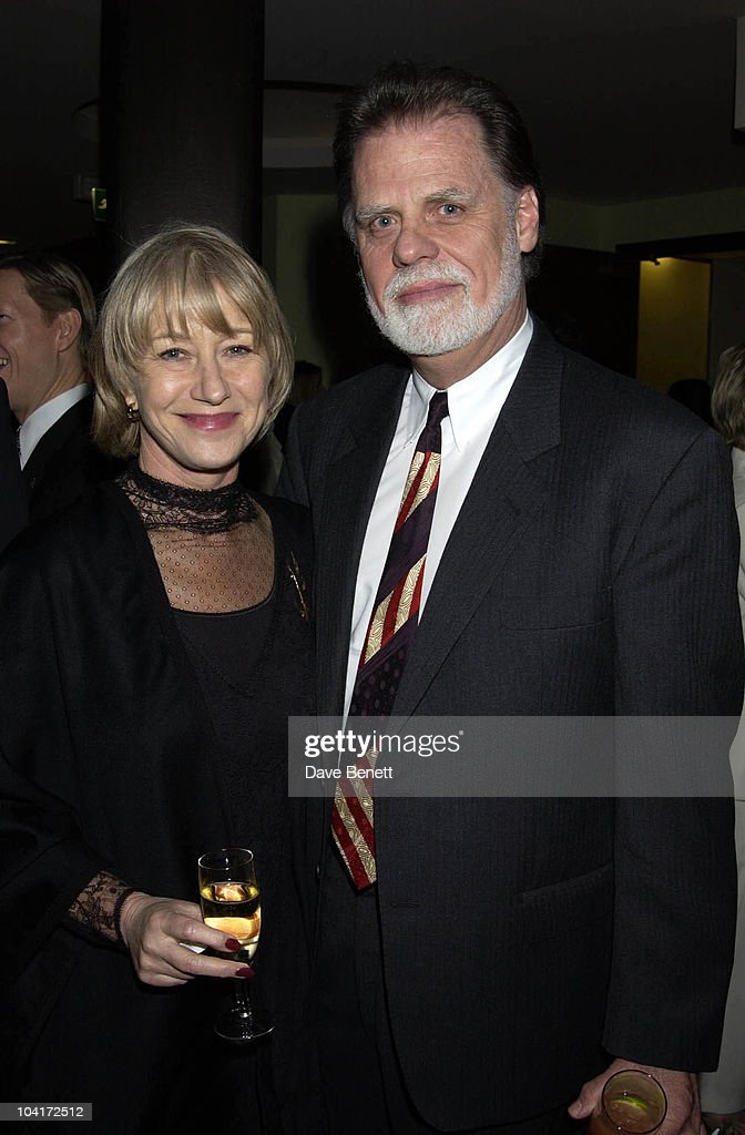 Helen Mirren, Charity Auction For Signed Photos For Twin Towers Fund, At The Royal Academy Of Arts, Piccadilly, London