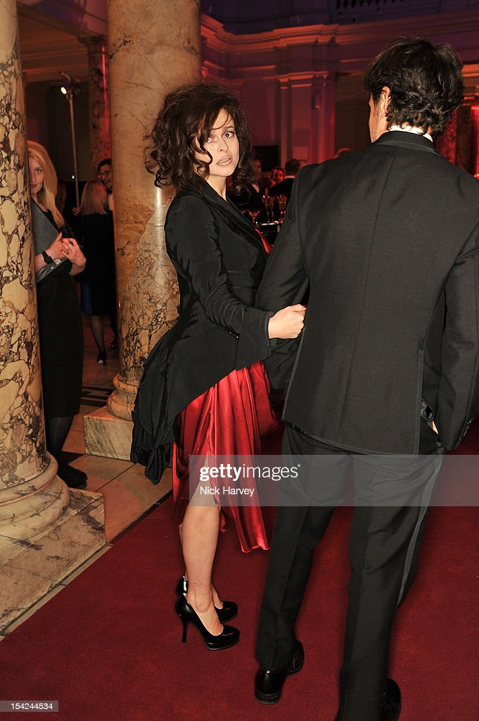 <a gi-track='captionPersonalityLinkClicked' href=/galleries/search?phrase=Helena+Bonham+Carter&family=editorial&specificpeople=210567 ng-click='$event.stopPropagation()'>Helena Bonham Carter</a> attends the Hollywood Costume gala dinner>> at Victoria & Albert Museum on October 16, 2012 in London, England.
