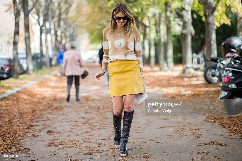 Helena Bordon wearing Agnona sweater and Zara skirt at Moncler Gamme Rouge during the Paris Fashion Week Womenswear Spring/Summer 2016 on Oktober 7...
