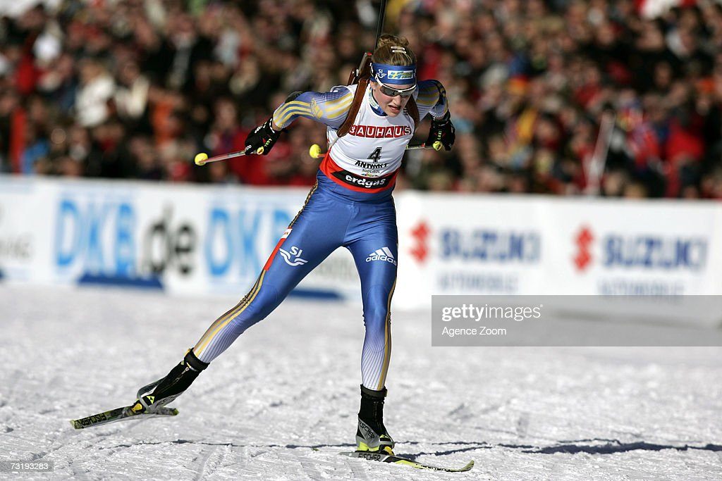 Helena Jonsson of Sweden competes on her way to placing fourth during the IBU Biathlon World Championships Biathlon Ladies Sprint 7.5km event on February 3, 2007 in Antholz, Italy.