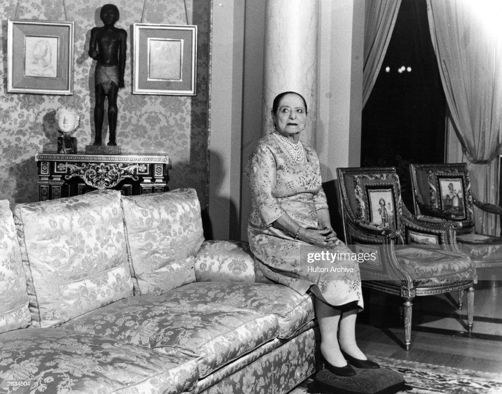 Helena Rubinstein head of her own cosmetics empire in her apartment in the Quai de Bechune in Paris Original Publication People Disc HK0453