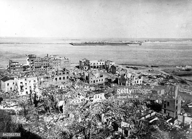 vor dem Versuch der Sprengung der Insell durch die Briten Blick vom Oberland zum Unterland Zerstörungen durch Luftangriffe während des 2 Weltkrieges