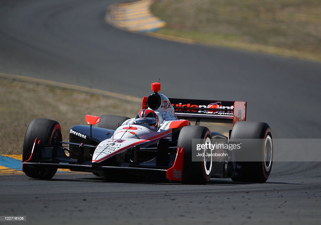 Helio Castroneves of Brazil, driver of the #3 Team Penske Dallara Honda, races during the IZOD IndyCar Series Indy Grand Prix of Sonama race at Infineon Raceway on August 27, 2011 in Sonoma, California.
