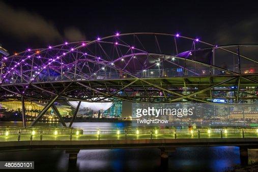 Ponte de Hélice : Foto de stock