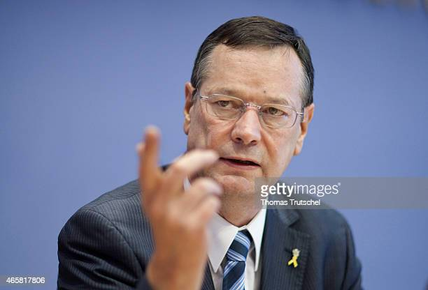 Hellmut Koenigshaus Defence Commissioner of the German Bundestag during the Federal Press Conference on January 25 2011 in Berlin Germany