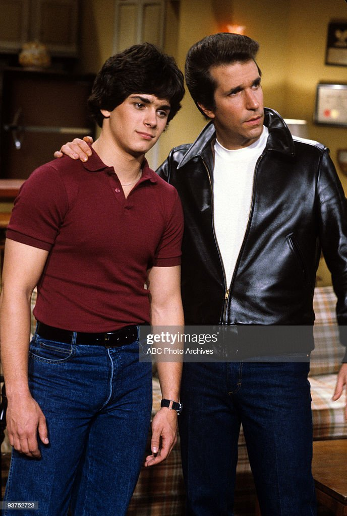DAYS - 'Hello, Flip' 2/23/82 Billy Warlock, <a gi-track='captionPersonalityLinkClicked' href=/galleries/search?phrase=Henry+Winkler+-+Actor&family=editorial&specificpeople=206799 ng-click='$event.stopPropagation()'>Henry Winkler</a>