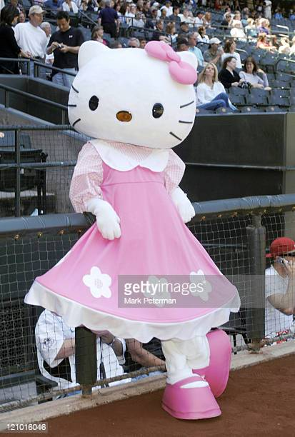 Hello Kitty throws out the first pitch at Arizona Diamondbacks game