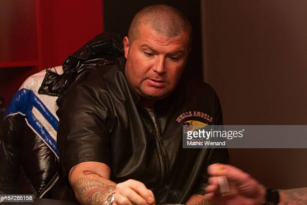 Hells Angels supporters during the press conference on November 30 2012 in Krefeld Germany The 30 former Bandidos came from chapters in Leverkusen...
