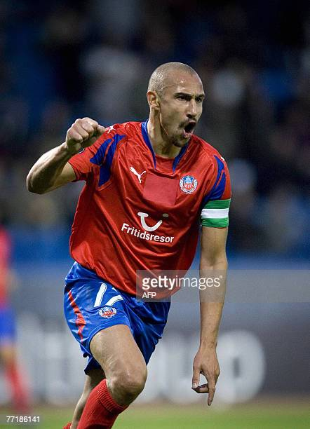 Helsingborg's Henrik Larsson reacts after scoring the opening goal against Heerenveen in their UEFA Cup 1st round 2nd leg match at the Olympia soccer...