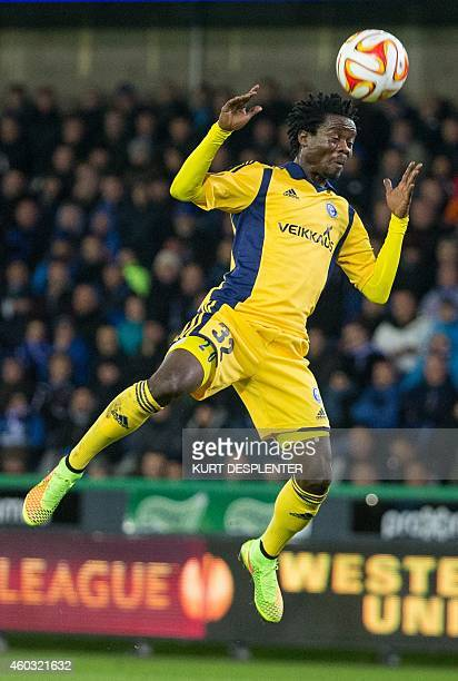 Helsinki's midfielder Anthony Annan controls the ball during the UEFA Europa League group B football match between Club Brugge and HJK Helsinki on...