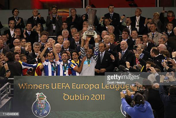 Helton and Radamel Falcao Garcia of FC Porto lift the UEFA Europa League Trophy and during the UEFA Europa League Final between FC Porto and SC Braga...