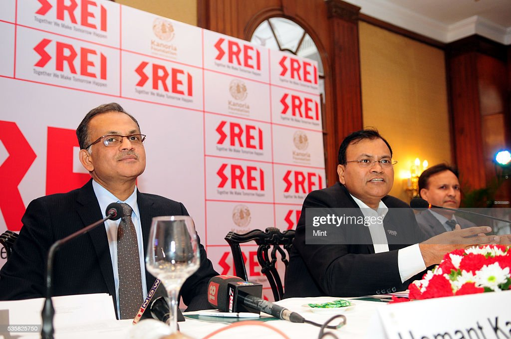 Hemant Kanoria- Chairman & Managing Director- with Sunil Kanoria, Vice Chairman of Srei Infrastructure Finance Ltd., addressing press at Oberoi Grand Hotel on December 29, 2015 in Kolkata, India.