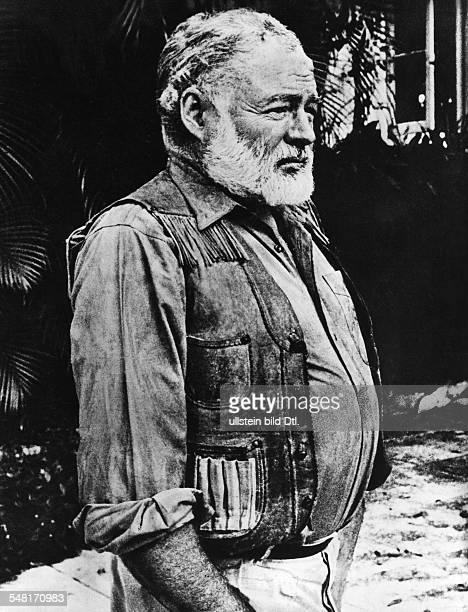 Hemingway Ernest *21071899 Writer USA Winner of the nobel prize for literature 1954 portrait in profile undated Vintage property of ullstein bild