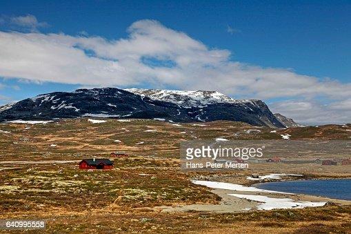 Hemsedalsfjella at Lake Eldrevatnet, Sogn og Fjordane, Norway