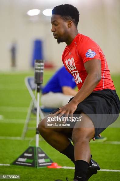 Henderson State safety Gary Vines runs the shuttle drill during the 2017 NFL Houston Regional Combine on February 18 2017 at the Texans Training...