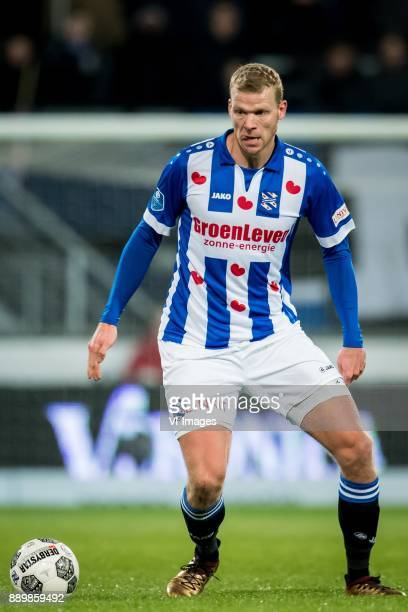 Henk Veerman of sc Heerenveen during the Dutch Eredivisie match between sc Heerenveen and VVV Venlo at Abe Lenstra Stadium on December 09 2017 in...