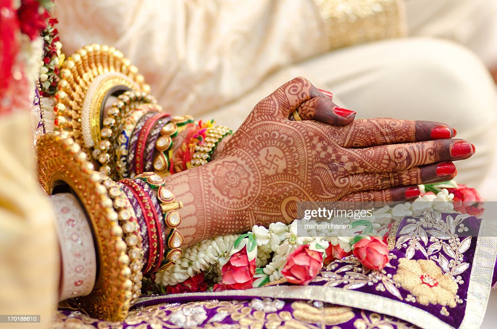 Henna and bridal jewelry, wedding, India : Stock Photo