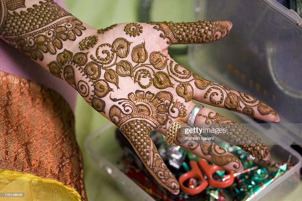henna design, wedding in India : Stock Photo