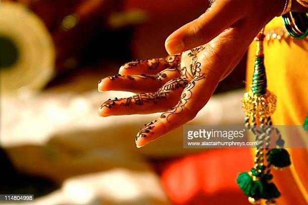 Henna Night hand