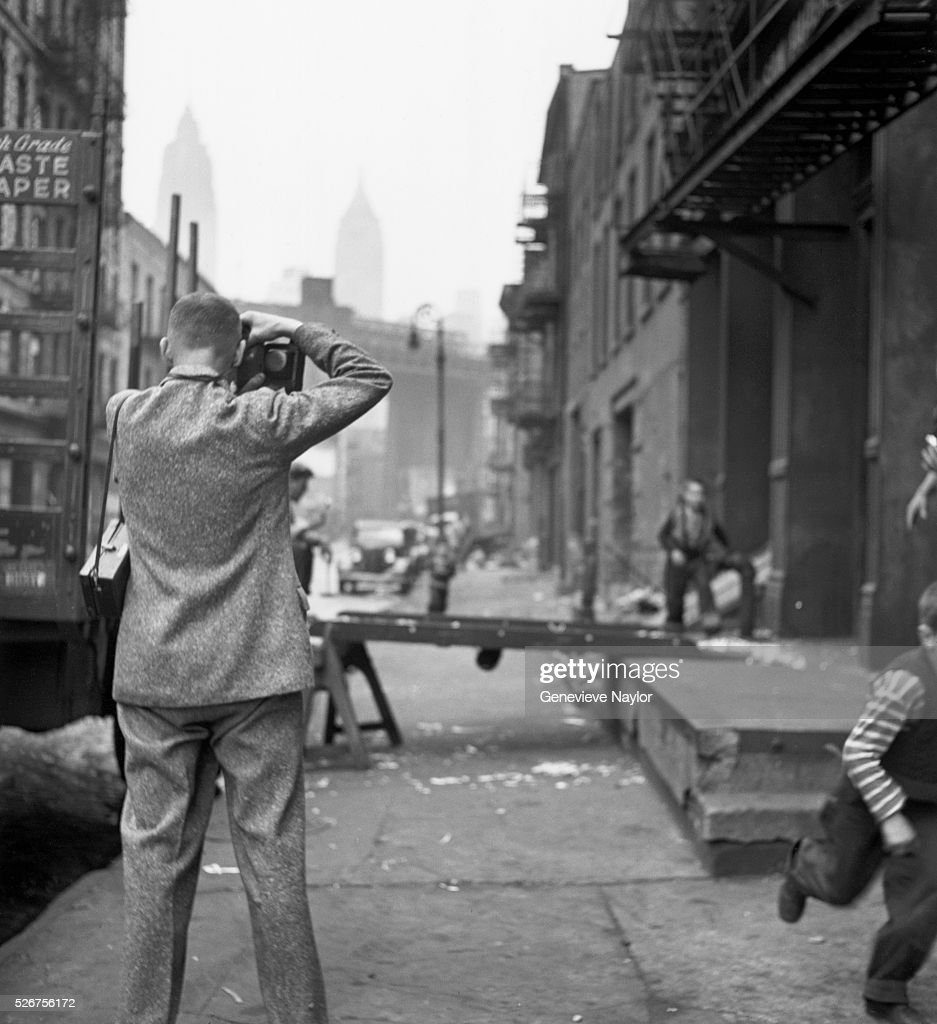 cartier bresson outside warehouse pictures getty images henri cartier bresson takes pictures outside a cold storage warehouse his work in brooklyn