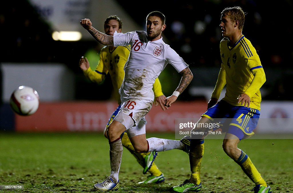 Henri Lansbury of England in action during the International Match between England Under 21's and Sweden Under 21's at Banks' Stadium on February 5, 2013 in Walsall, England.