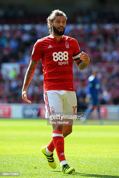 Henri Lansbury of Nottingham Forest in action during the Sky Bet Championship match between Nottingham Forest and Burton Albion at City Ground on...