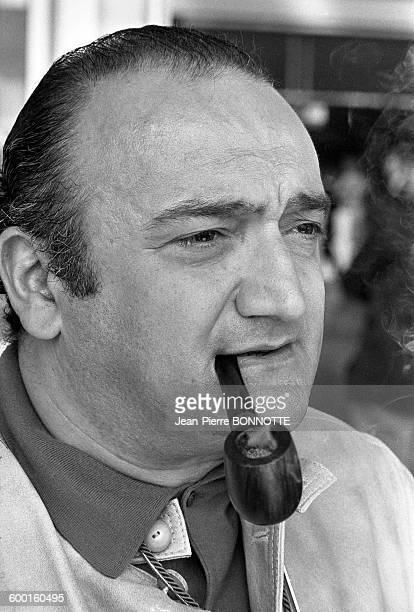 Henri Verneuil sur le plateau du film 'Le Clan des Siciliens' en mars 1969 à Rome Italie