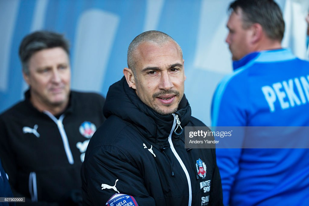 <a gi-track='captionPersonalityLinkClicked' href=/galleries/search?phrase=Henrik+Larsson&family=editorial&specificpeople=171437 ng-click='$event.stopPropagation()'>Henrik Larsson</a>, head coach of Helsingborgs IF during the Allsvenskan match between IFK Norrkoping and Helsingborgs IF at Ostgotaporten on May 2, 2016 in Norrkoping, Sweden.