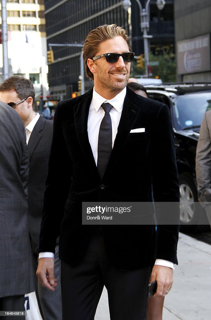<a gi-track='captionPersonalityLinkClicked' href=/galleries/search?phrase=Henrik+Lundqvist&family=editorial&specificpeople=217958 ng-click='$event.stopPropagation()'>Henrik Lundqvist</a> arrives for the 'Late Show with David Lettterman' at Ed Sullivan Theater on October 14, 2013 in New York City.