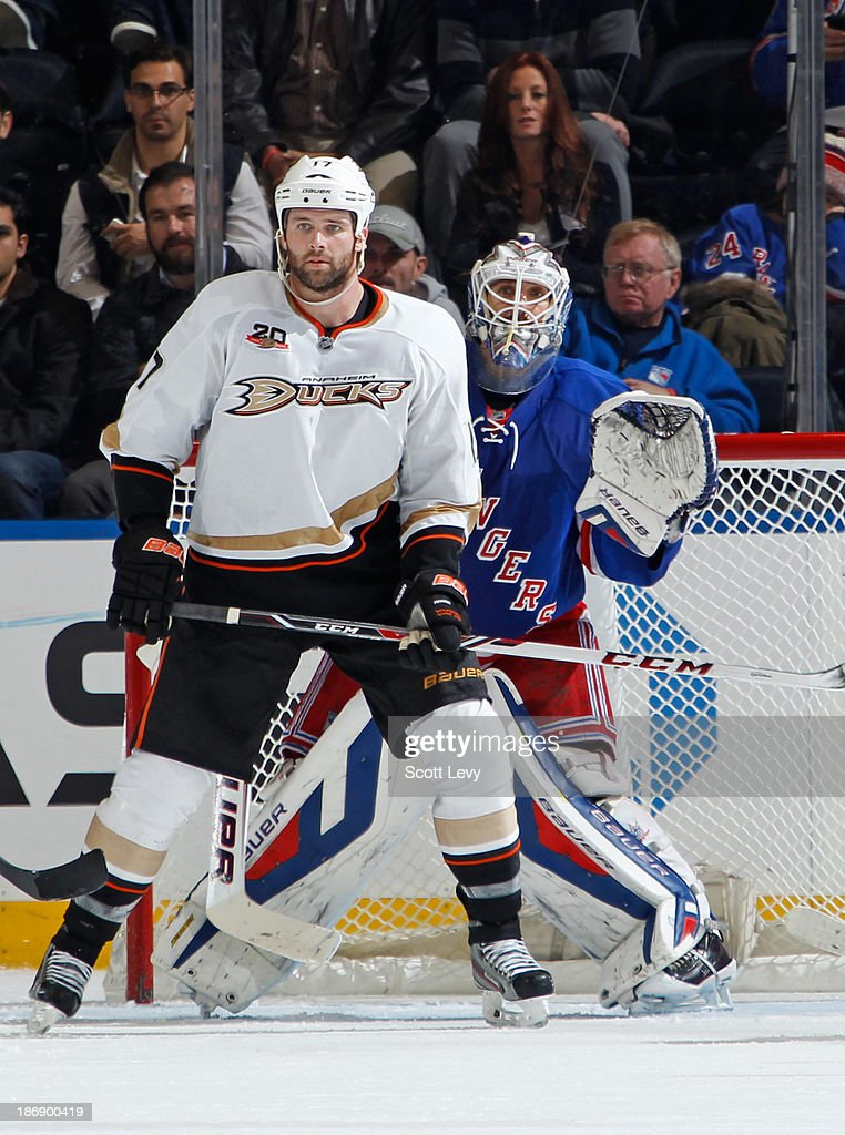 <a gi-track='captionPersonalityLinkClicked' href=/galleries/search?phrase=Henrik+Lundqvist&family=editorial&specificpeople=217958 ng-click='$event.stopPropagation()'>Henrik Lundqvist</a> #30 of the New York Rangers looks around the screen of Dustin Penner #17 of the Anaheim Ducks at Madison Square Garden on November 4, 2013 in New York City.