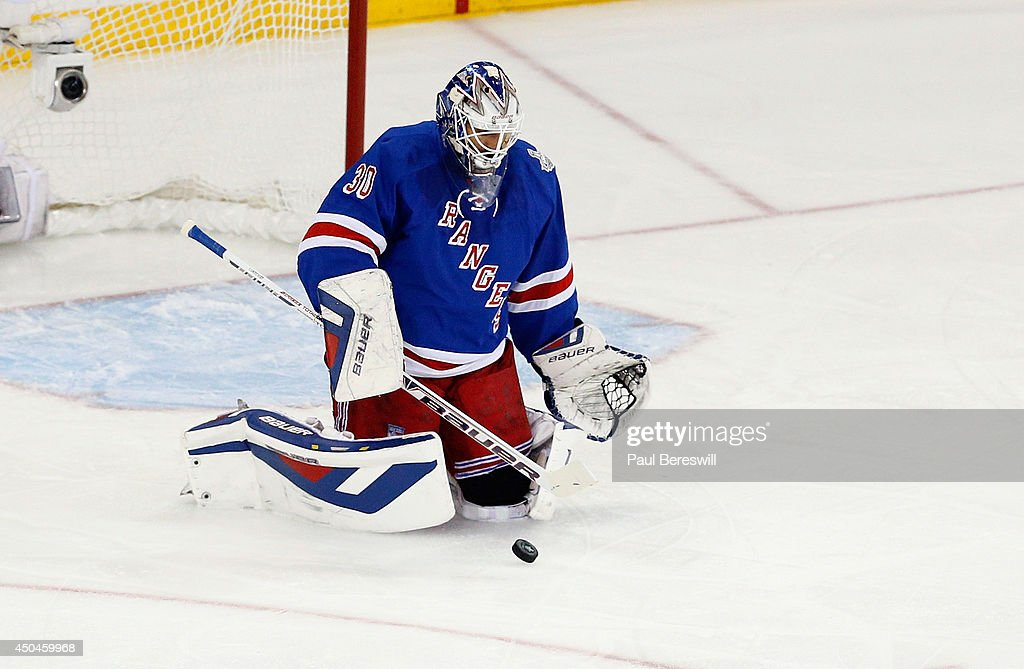 Henrik Lundqvist #30 of the New York Rangers makes a save against the Los Angeles Kings during the second period of Game Four of the 2014 NHL Stanley Cup Final at Madison Square Garden on June 11, 2014 in New York, New York.