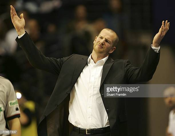 Henrik Rodl coach of Berlin gestures during the Bundesliga game between Alba Berlin and EnBW Ludwigsburg at the MaxSchmeling Halle on December 16...
