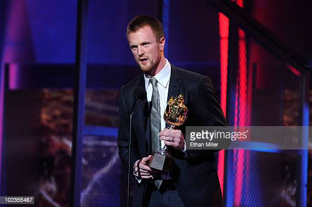 Henrik Sedin of the Vancouver Canucks accepts the Hart Memorial Trophy during the 2010 NHL Awards at the Palms Casino Resort on June 23 2010 in Las...