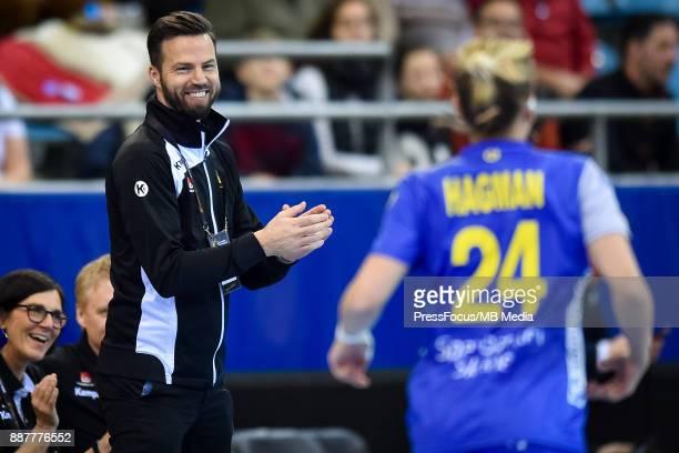 Henrik Signell head coach of Sweden reacts during IHF Women's Handball World Championship group B match between Sweden and Argentina on December 07...