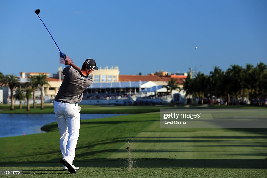 Henrik Stenson of Sweden hits his tee shot on the eighteenth hole during the second round of the World Golf ChampionshipsCadillac Championship at...