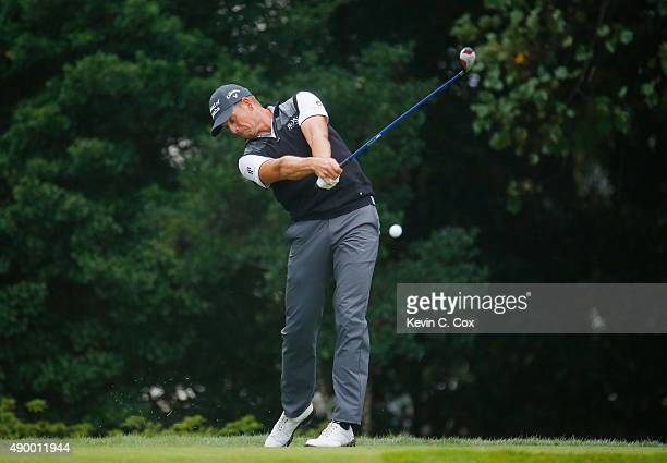 Henrik Stenson of Sweden hits his tee shot on the eighth hole during the second round of the TOUR Championship By CocaCola at East Lake Golf Club on...