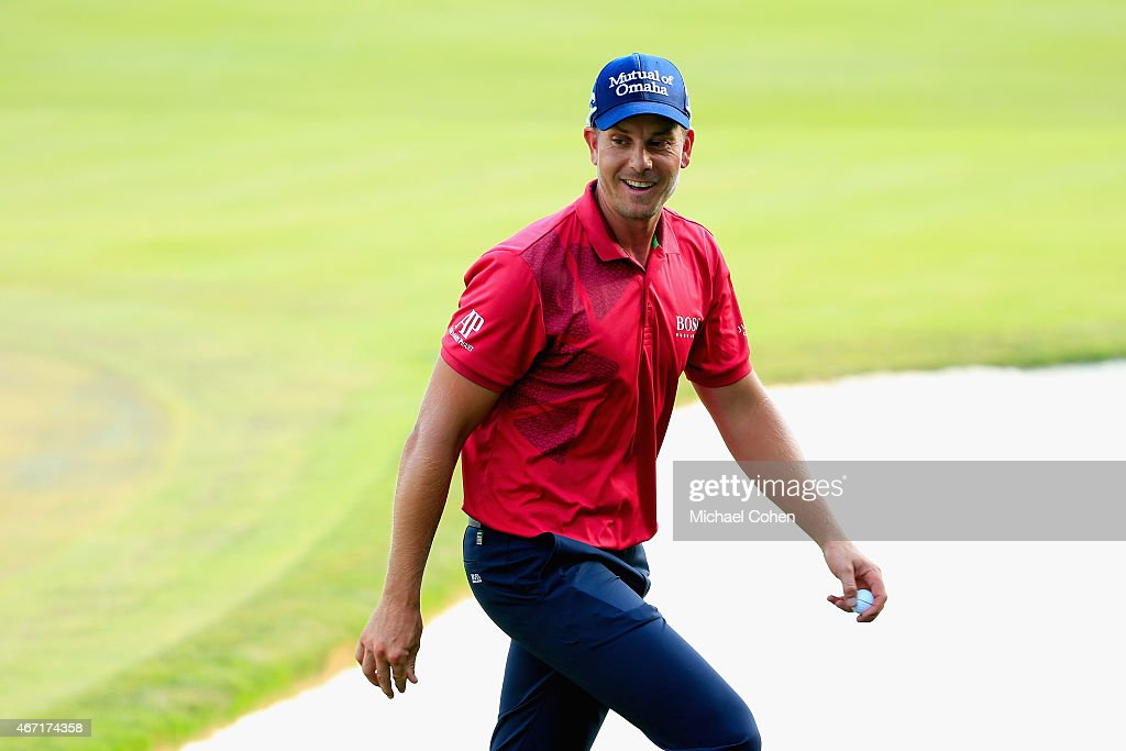 <a gi-track='captionPersonalityLinkClicked' href=/galleries/search?phrase=Henrik+Stenson&family=editorial&specificpeople=211537 ng-click='$event.stopPropagation()'>Henrik Stenson</a> of Sweden smiles as he walks off the 18th green after the third round of the Arnold Palmer Invitational Presented By MasterCard at the Bay Hill Club and Lodge on March 21, 2015 in Orlando, Florida.