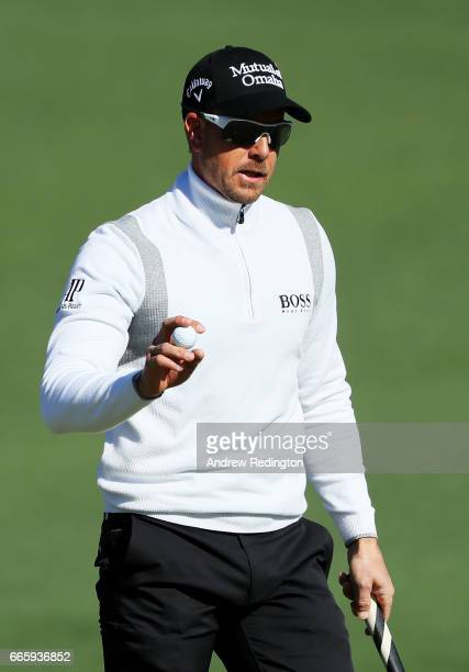 Henrik Stenson of Sweden waves on the second hole during the second round of the 2017 Masters Tournament at Augusta National Golf Club on April 7...