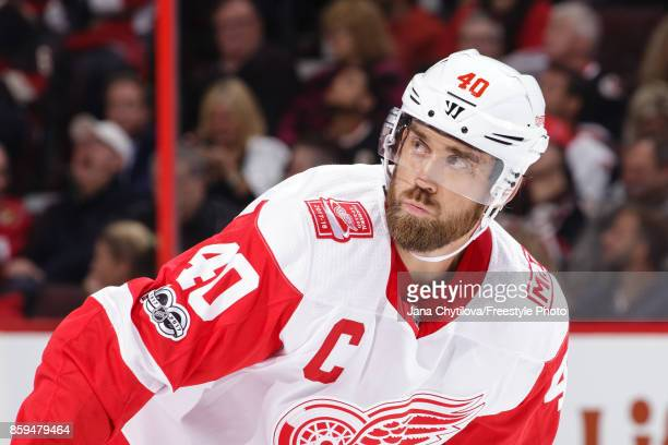 Henrik Zetterberg of the Detroit Red Wings prepares for a faceoff against the Ottawa Senators at Canadian Tire Centre on October 7 2017 in Ottawa...