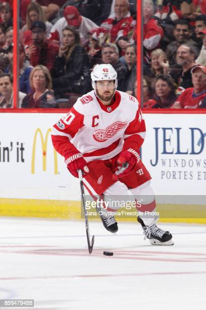 Henrik Zetterberg of the Detroit Red Wings skates with the puck against the Ottawa Senators at Canadian Tire Centre on October 7 2017 in Ottawa...