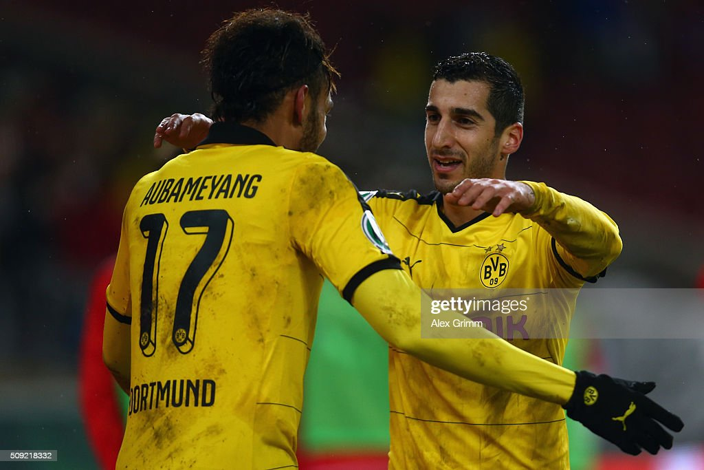 <a gi-track='captionPersonalityLinkClicked' href=/galleries/search?phrase=Henrikh+Mkhitaryan&family=editorial&specificpeople=6234732 ng-click='$event.stopPropagation()'>Henrikh Mkhitaryan</a> (R) of Dortmund celebrates his team's third goal with team mate <a gi-track='captionPersonalityLinkClicked' href=/galleries/search?phrase=Pierre-Emerick+Aubameyang&family=editorial&specificpeople=6344916 ng-click='$event.stopPropagation()'>Pierre-Emerick Aubameyang</a> during the DFB Cup Quarter Final match between VfB Stuttgart and Borussia Dortmund at Mercedes-Benz Arena on February 9, 2016 in Stuttgart, Germany.