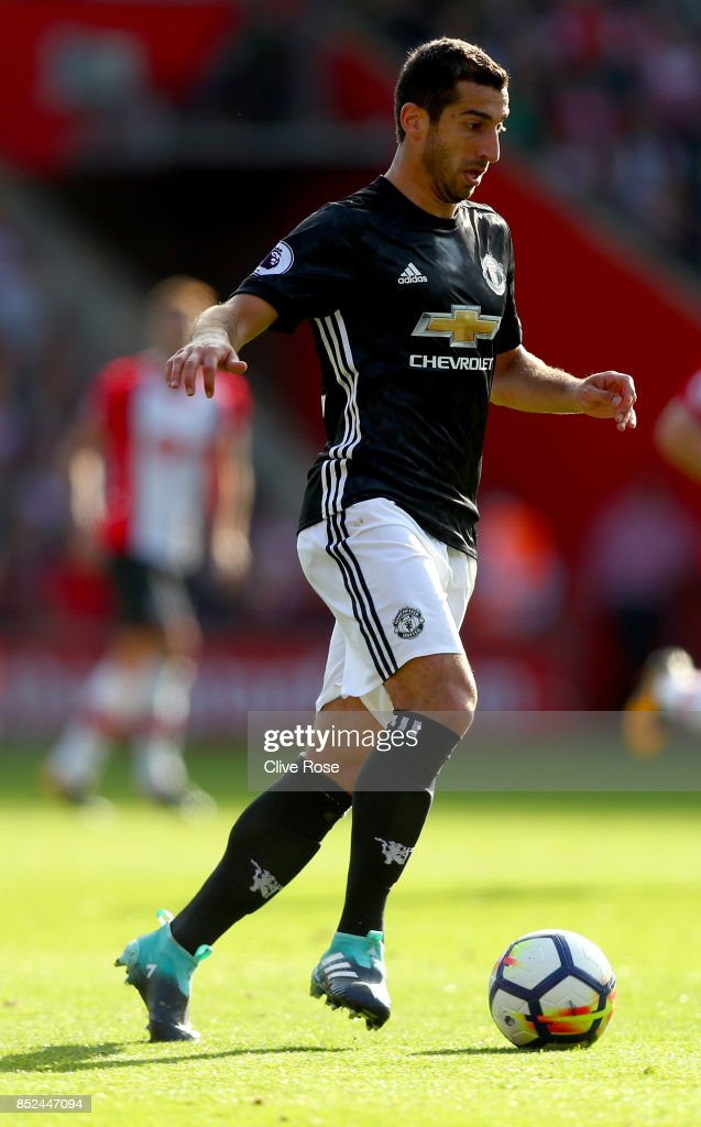 Henrikh Mkhitaryan of Manchester United in action during the Premier League match between Southampton and Manchester United at St Mary's Stadium on September 23, 2017 in Southampton, England.
