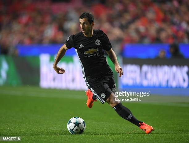 Henrikh Mkhitaryan of Manchester United in action during the UEFA Champions League group A match between SL Benfica and Manchester United at Estadio...