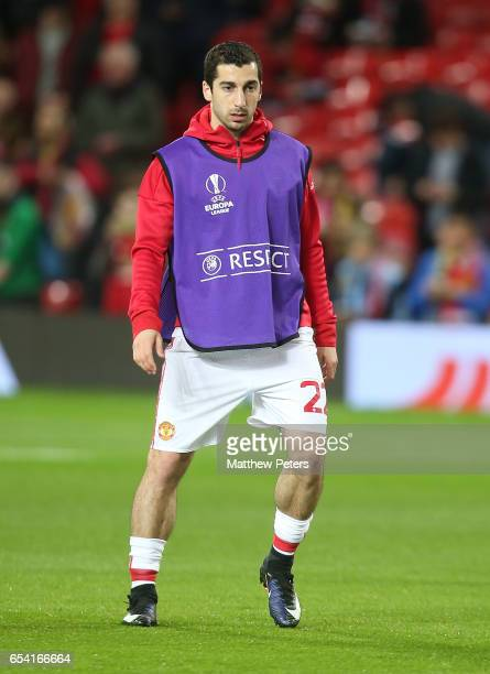Henrikh Mkhitaryan of Manchester United warms up ahead of the UEFA Europa League Round of 16 second leg match between Manchester United and FK Rostov...