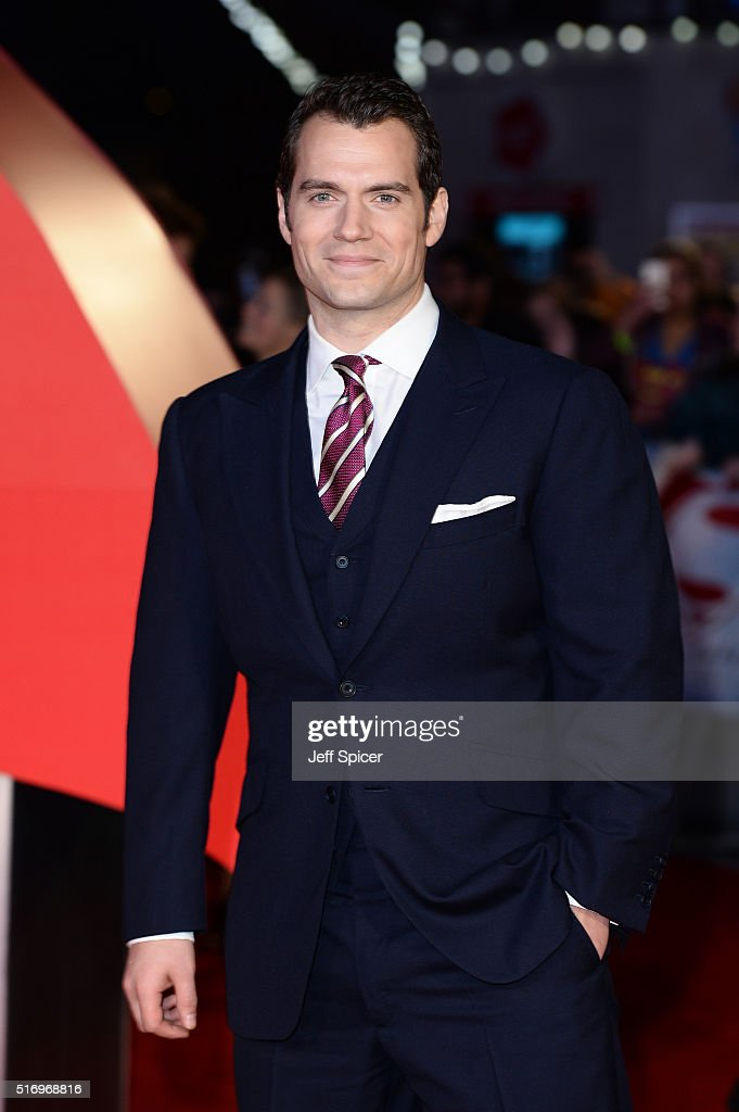 <a gi-track='captionPersonalityLinkClicked' href=/galleries/search?phrase=Henry+Cavill&family=editorial&specificpeople=3767741 ng-click='$event.stopPropagation()'>Henry Cavill</a> arrives for the European Premiere of 'Batman V Superman: Dawn Of Justice' at Odeon Leicester Square on March 22, 2016 in London, England.