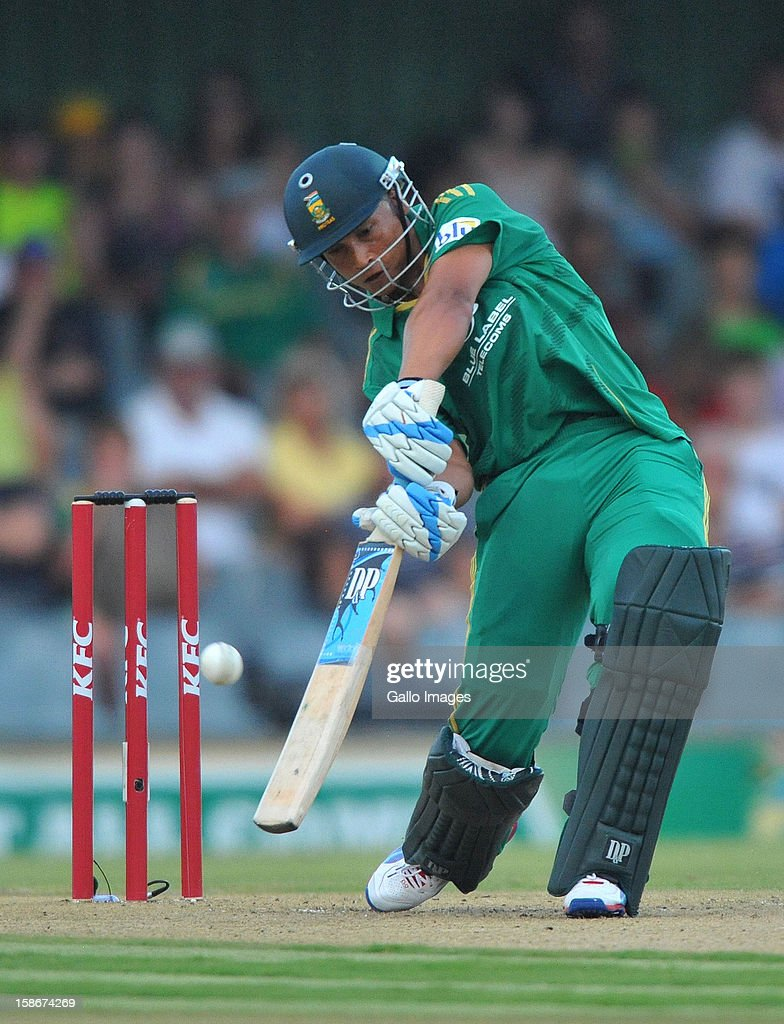 Henry Davids of South Africa drives over long-off during the 2nd T20 match between South Africa and New Zealand at Buffalo Park on December 23, 2012 in East London, South Africa.